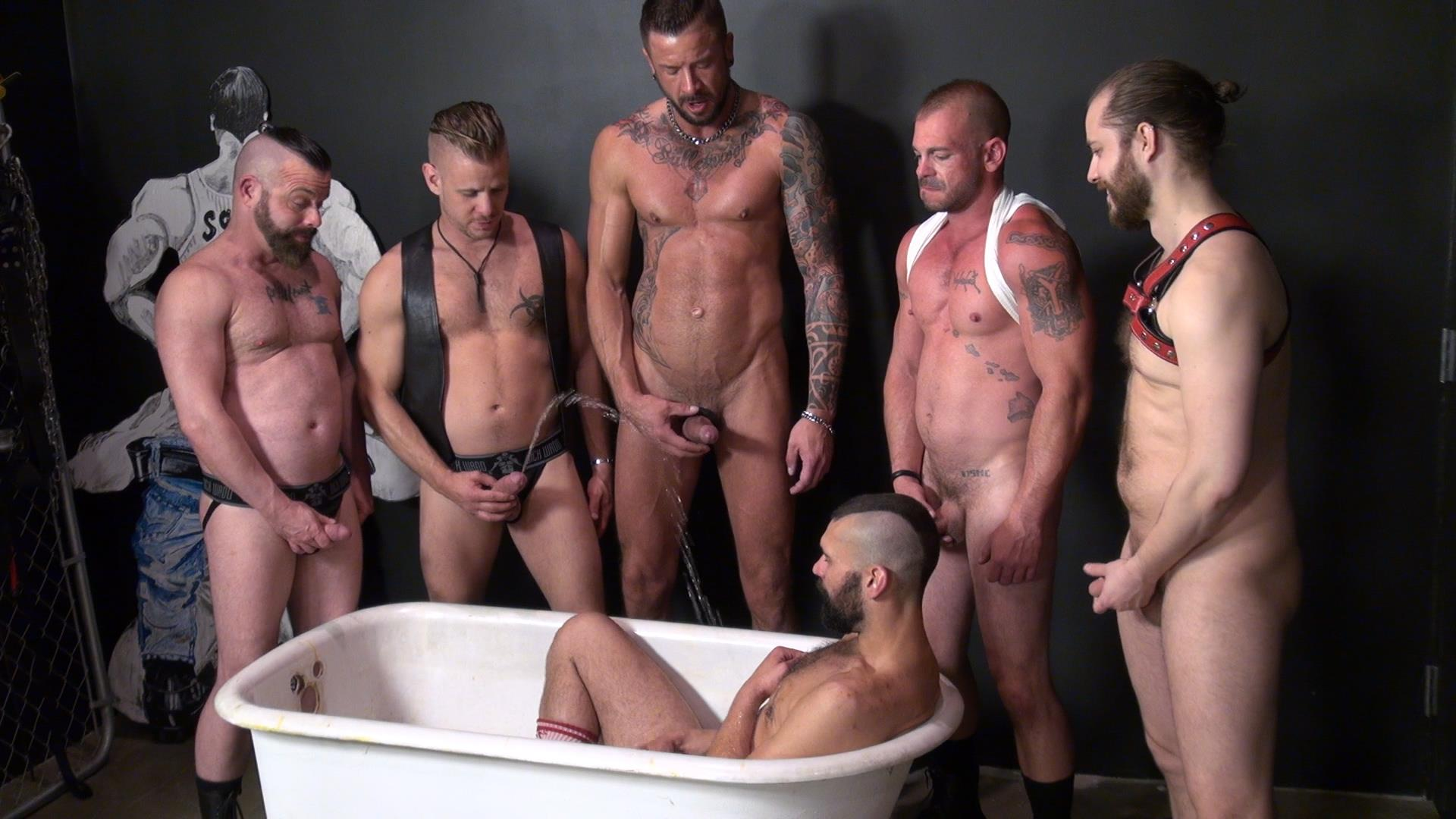 Raw-and-Rough-Piss-Tub-Bareback-Sex-Party-Amateur-Gay-Porn-10.jpg